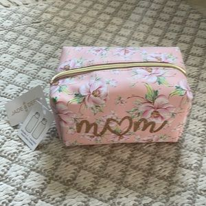 🛍4 for$20.  Jade Travel or Cosmetics  Bag MOM